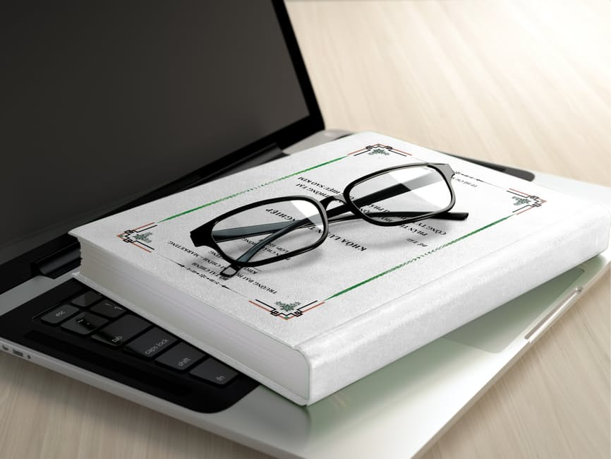 laptop-book-glasses
